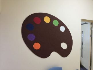 Shaped-Notieboards-Paint-Pallet